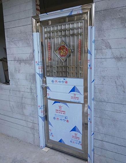 高安不锈钢包边管门